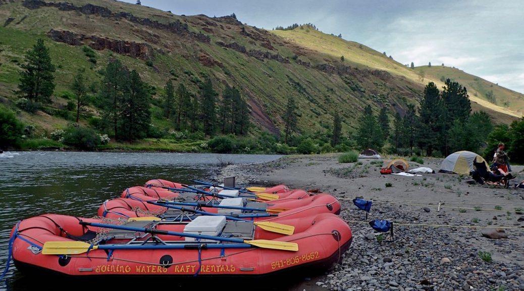 BSA Troop 514 rafts on the Grande Ronde river