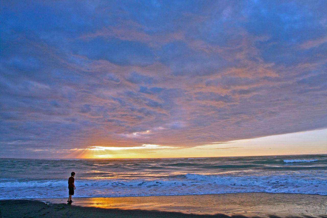 Hokitika seabastian sunset