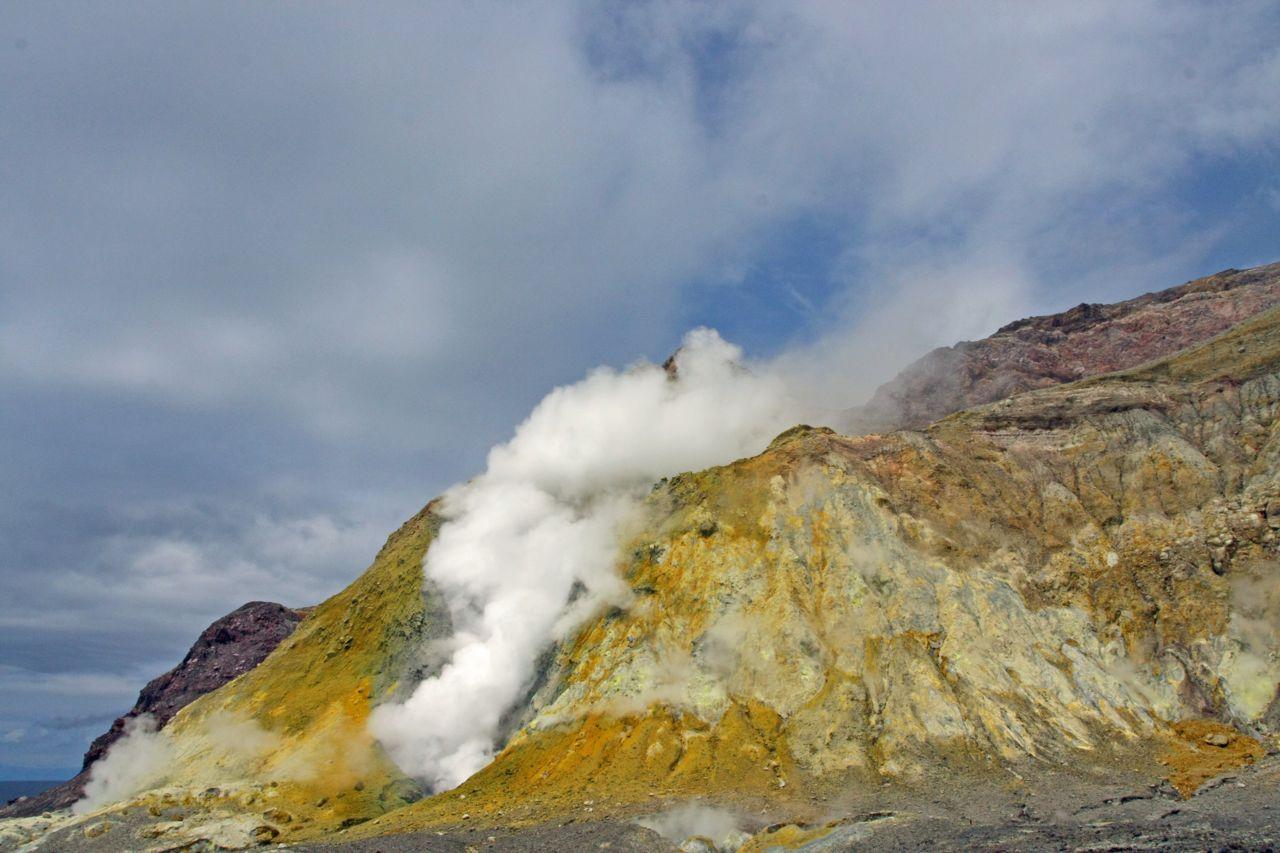 White island white island volocano steam